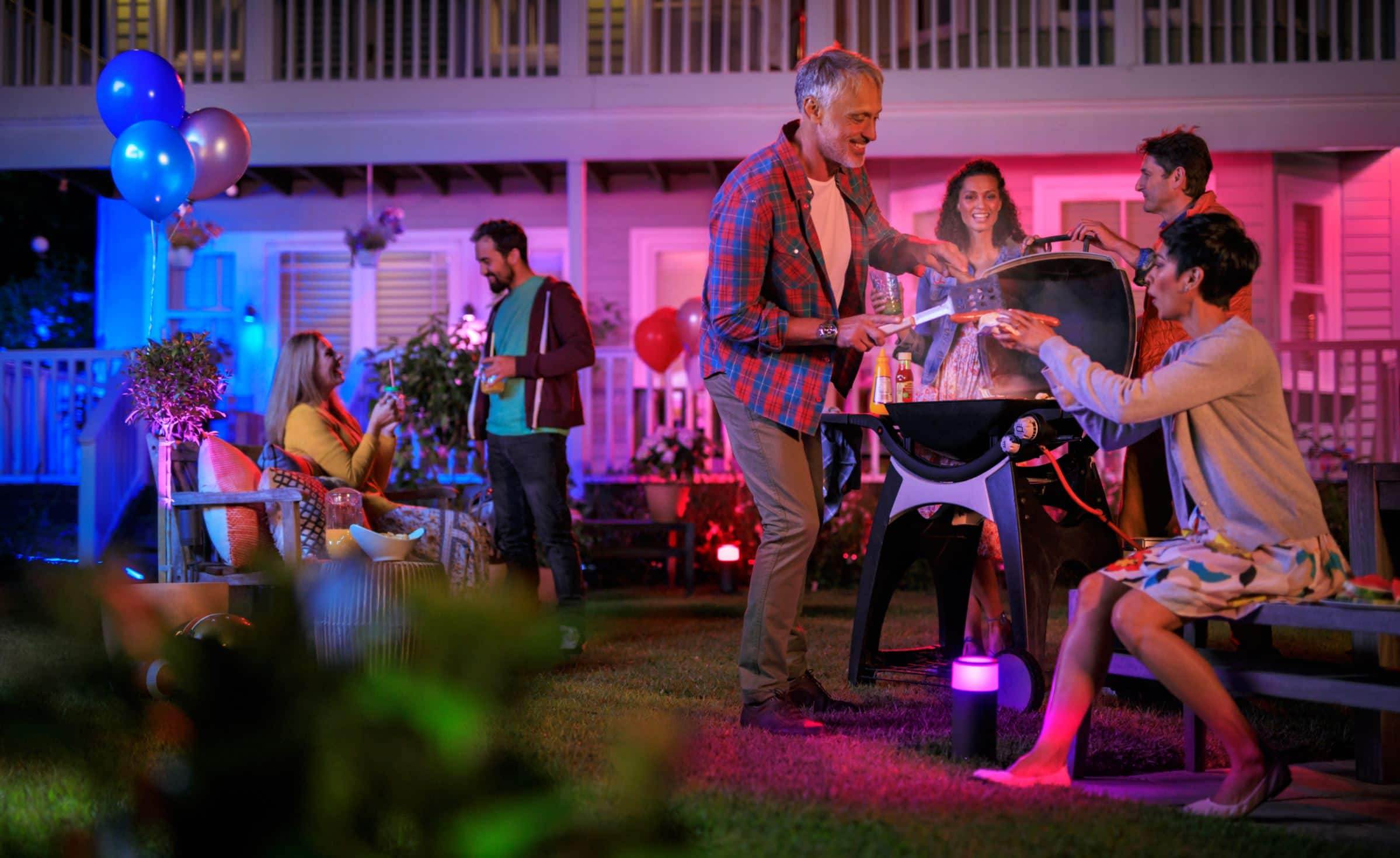 Philips Hue announces outdoor range